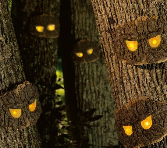 scary halloween decorating ideas trees