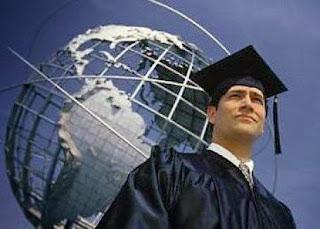 Dışında eğitim almak hem yabancı dili geliştirmek hem de yeni