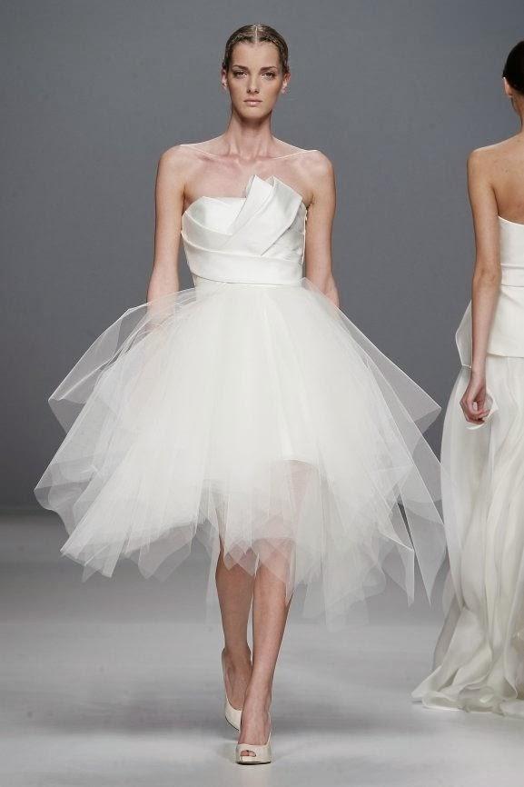 Robe de Soirée pas cher: Pourquoi choisir une robe de mariée courte