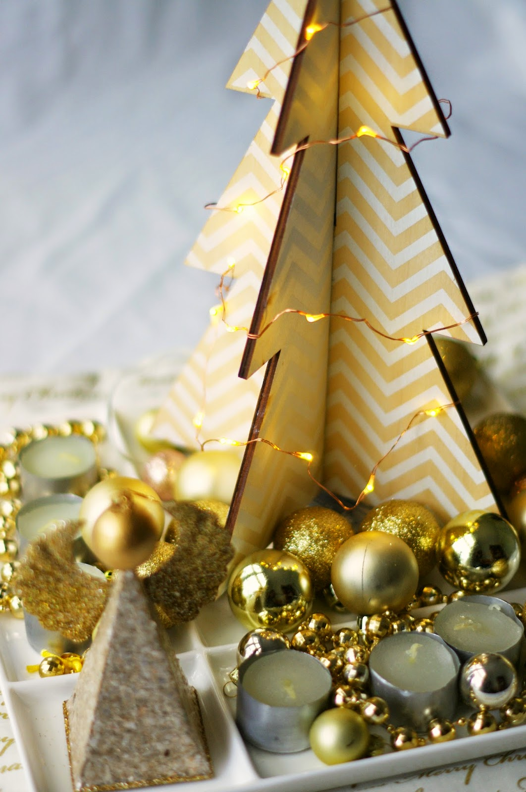 Gold Christmas centre piece