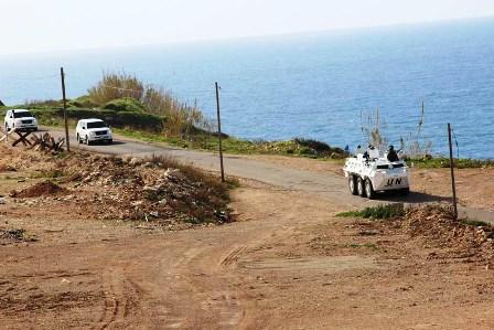 Panser Anoa Amankan Perjalanan Force Commander UNIFIL