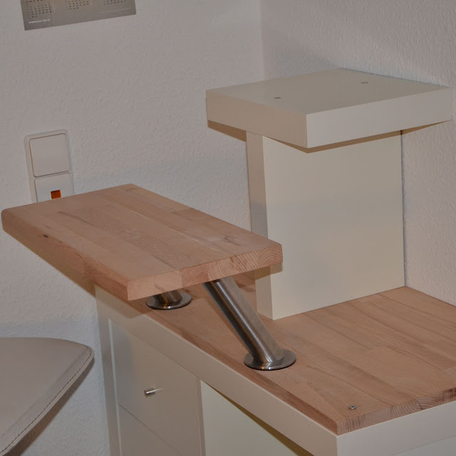 Apple iMac standing desk