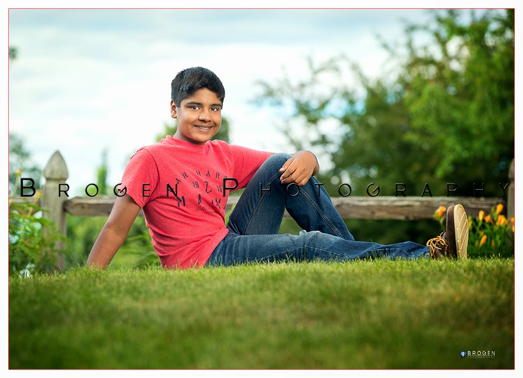 Family Portraits, Childrens Portraits, Senior Portraits, Portfolio, Headshots, Executive Portratits, Business Portraits