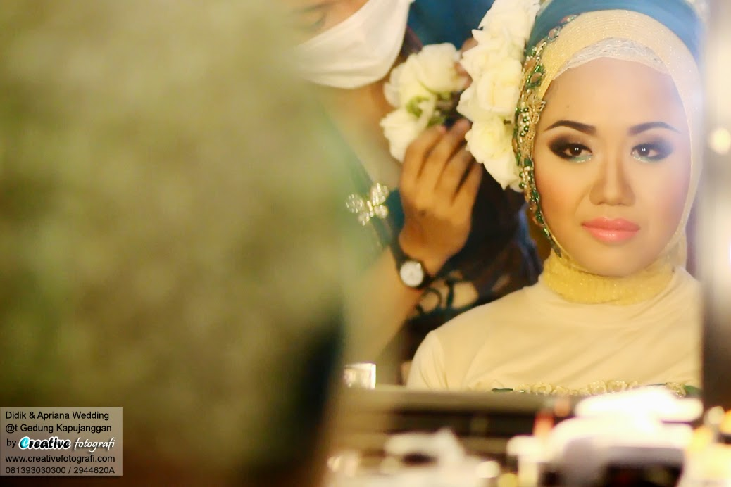 pengantin jawa muslimah dengan riasan adat jawa