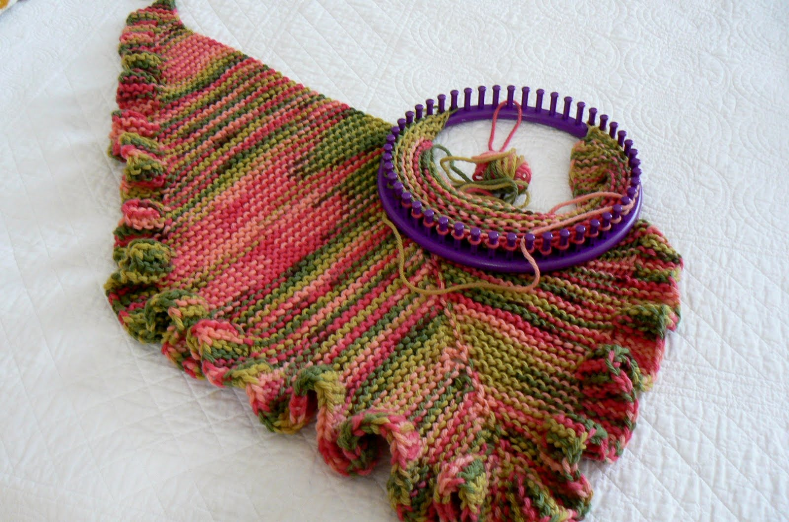 Round Loom Knitting Scarf Patterns For Beginners : Invisible Loom Innovative Patterns for Loom Knitters: The Right Tools for the...