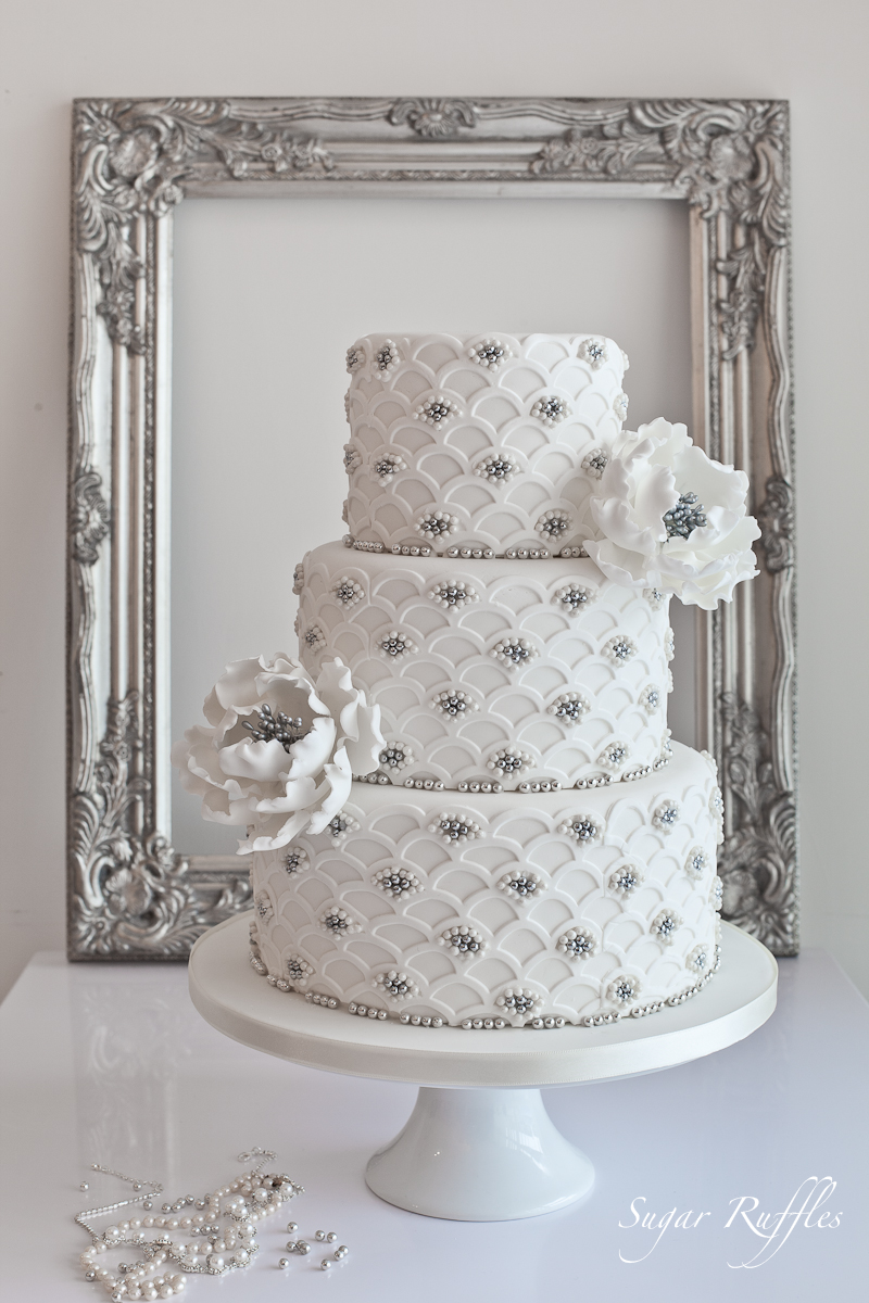 Sugar Ruffles Elegant Wedding Cakes Barrow In Furness And The Lake District Cumbria Silver