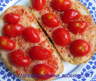 aglio, Antipasti, pane, panzanella, pomodori, ricette vegan,