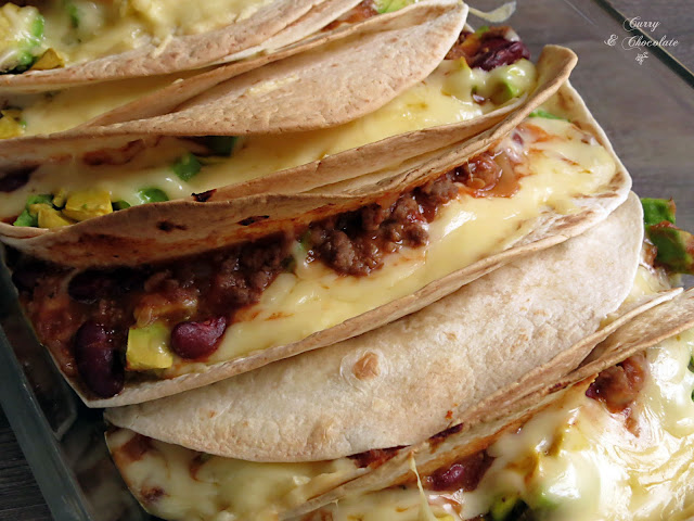 Chili con carne en quesadillas