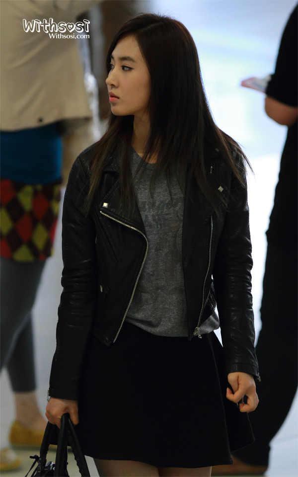 Yuri SNSD Fashion Style