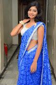 Bindhu latest sizzling saree pics-thumbnail-18