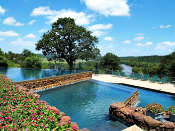 The Pool at ColoVista