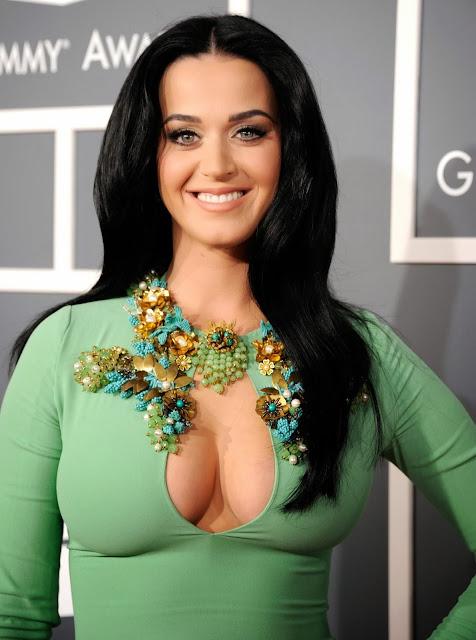 Katy Perry - Walking On Air - traduzione testo video download