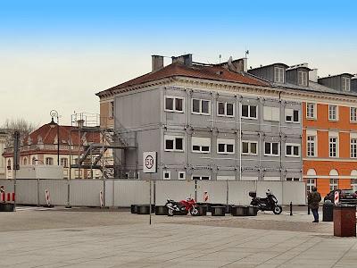 Budowa przy ulicy Podwale 1