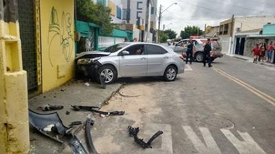 Assaltante de carro morre durante troca de tiros com a Polícia Militar em Fortaleza