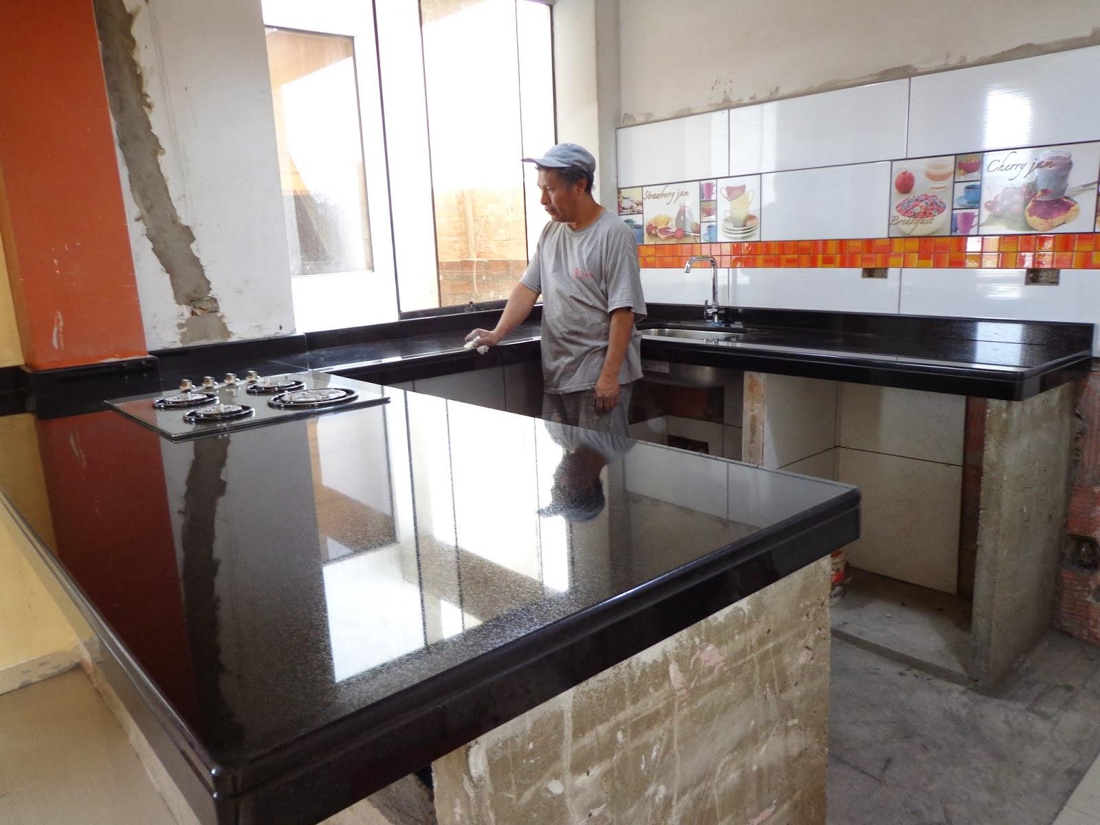 Marmol y granito en lima peru encimeras topes mesas islas for Encimera cocina marmol o granito