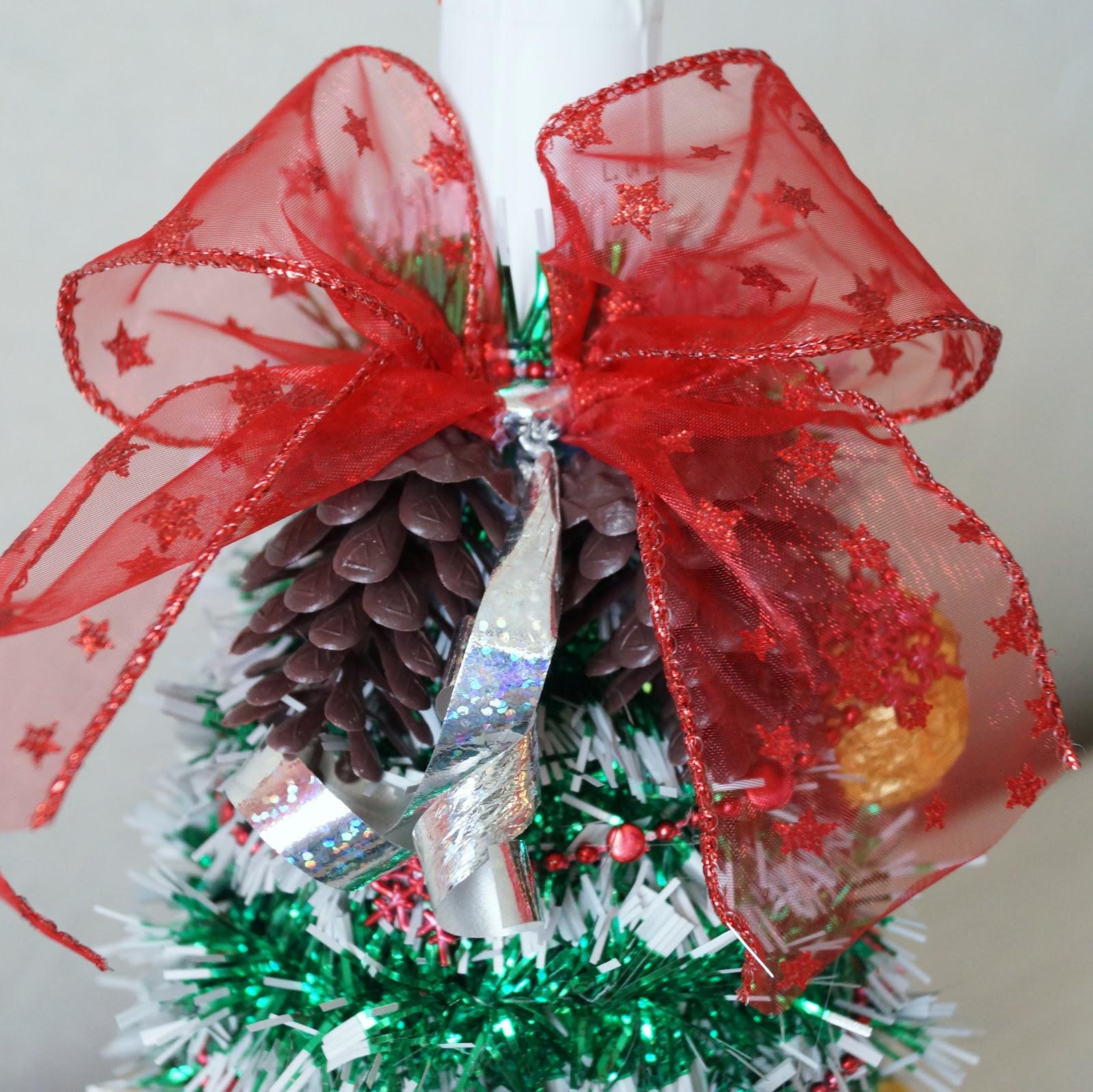 Как сделать елку из конфет своими руками 16