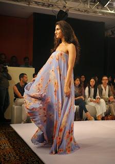 Actress Vaani Kapoor Latest Pictures at Lakme Fashion Week 2015  8