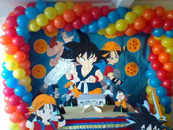 Decoracion fiesta dragon ball for Mesas cumpleanos infantiles