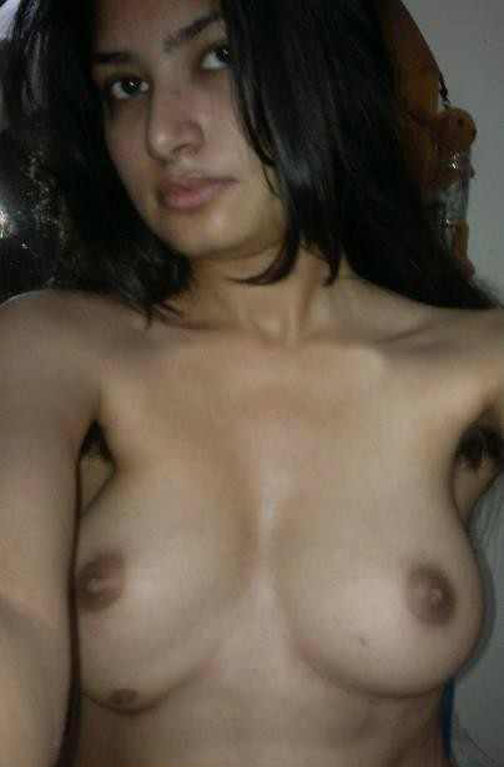 Karachi girl nude cute Sexy