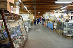 Renninger's Antiques/Collectibles Market