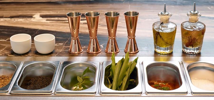 Self service de una iglesia transformada en restaurante en Amberes