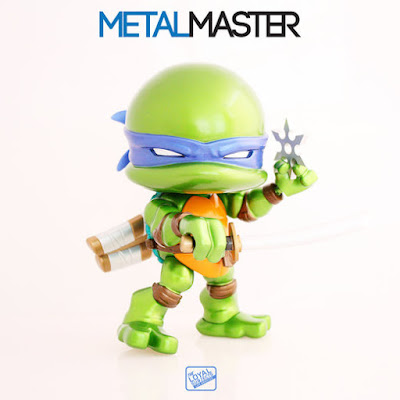"San Diego Comic-Con 2015 Exclusive Teenage Mutant Ninja Turtles ""Metallic"" Leonardo Jumbo Vinyl Figure by The Loyal Subjects"