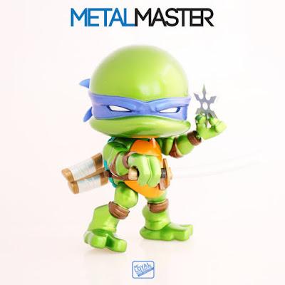 "San Diego Comic-Con 2015 Exclusive Teenage Mutant Ninja Turtles ""Metallic"" Leonardo Jumbo Vinyl Figure by The Loyal Subjects"