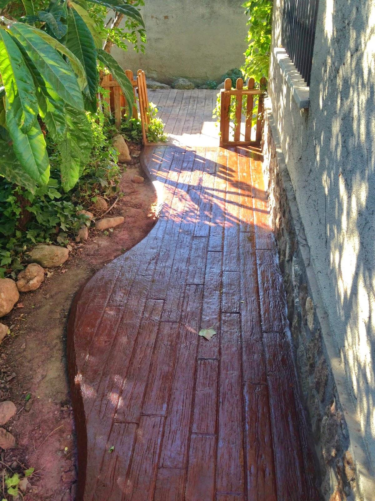 Pavimento de hormig n impreso en jard n en javea molde de - Pavimentos para jardin ...