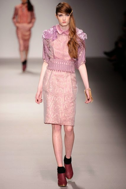 Bora Aksu Autumn Winter 2015 Ready to Wear catwalk show