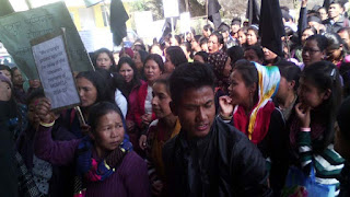 protest against 100 days labour payment at takdah block office