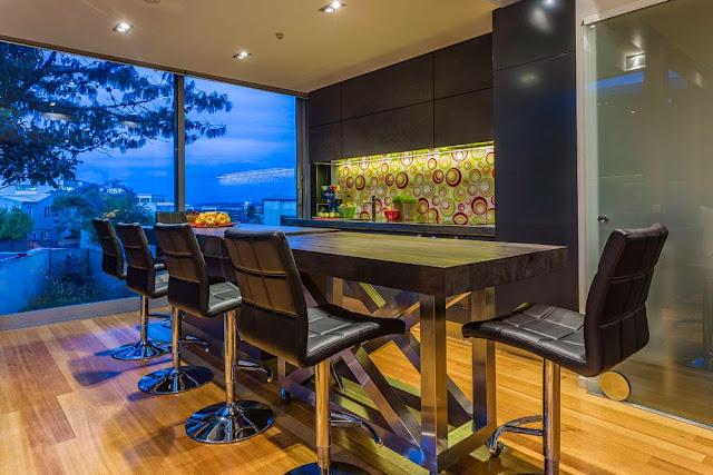 Designer Showcase, Mal Corby, Lisa Melvin Design, Kitchen design, KBB Industry, multi award winning kitchen design, New Zeland's, kitchen trends 2014, organic curves, colour kitchens