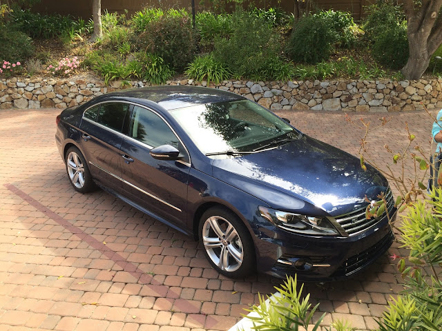 Front 3/4 view of the 2015 Volkswagen CC