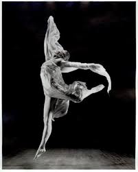 isadora duncan essay Isadora duncan made a lasting impression on the world of dance with her perseverance, dedication, passion, and style she is defiantly one of the most influential creators of modern dance angela isadora duncan was born in san francisco, california on may 26th 1877.