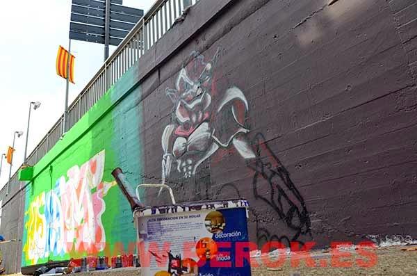 Pinturas Titan para preparar los graffitis