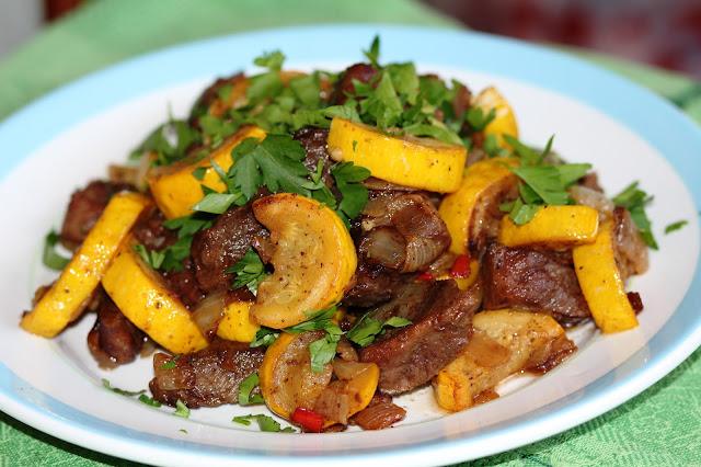 Рецепт говядины с кабачками в мультиварке