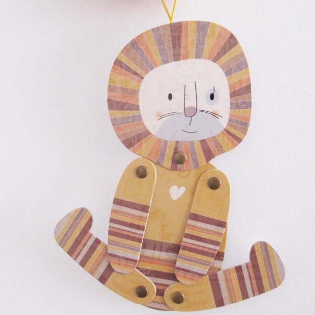 León de cartón articulado de Mow Shop