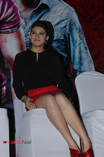 Hansika Motwani Latest Pictures in Red Mini Skirt at Settai Tamil Movie Press Meet ~ Celebs Next