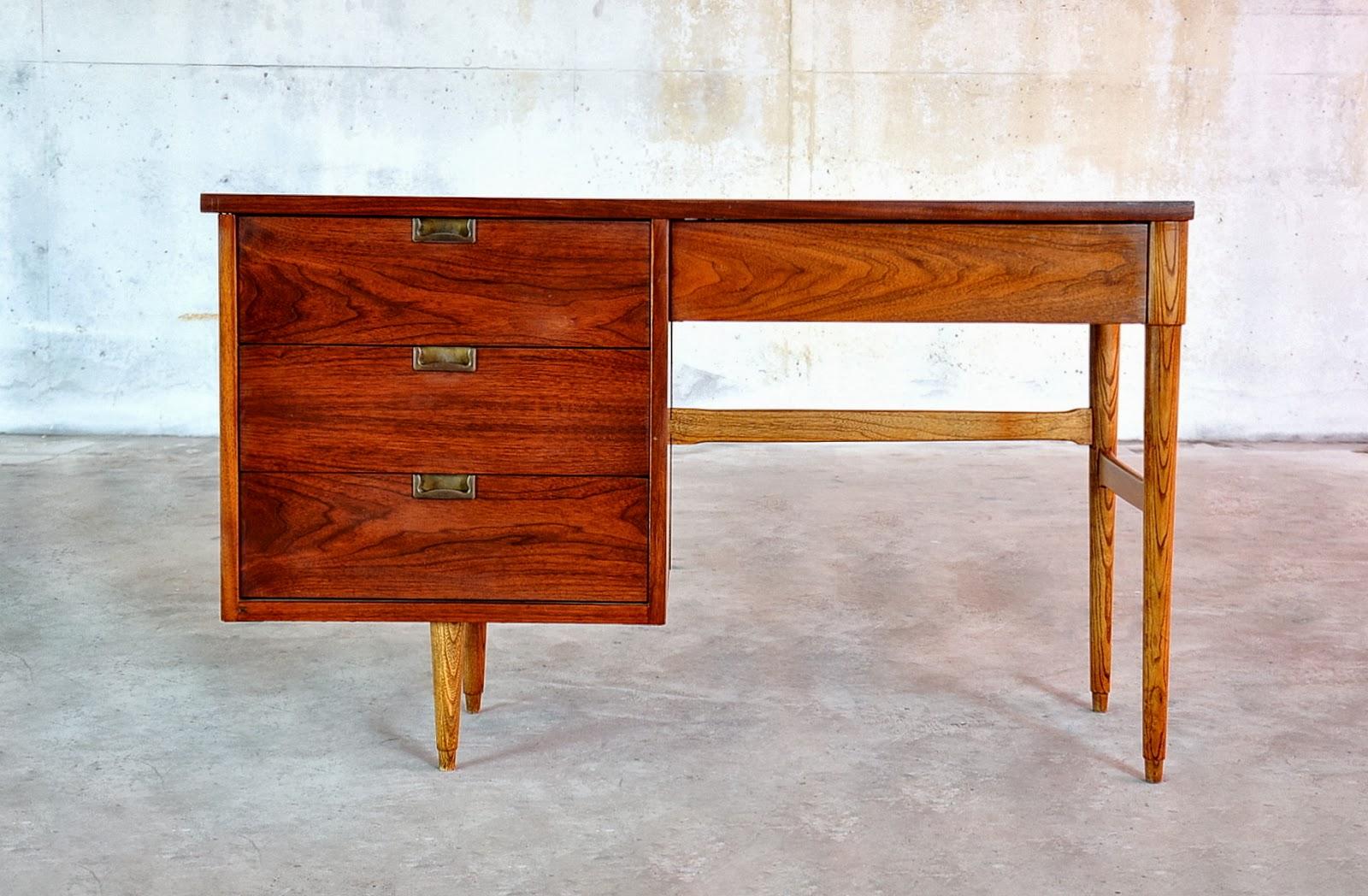 SELECT MODERN Mid Century Modern Desk Or Vanity Table
