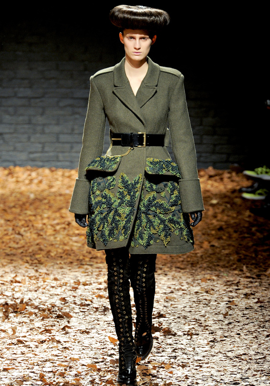 McQ Alexander McQueen's First Catwalk Show for Autumn 2012 ...