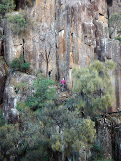 ROCK CLIMBING CATARACT GORGE RESERVE
