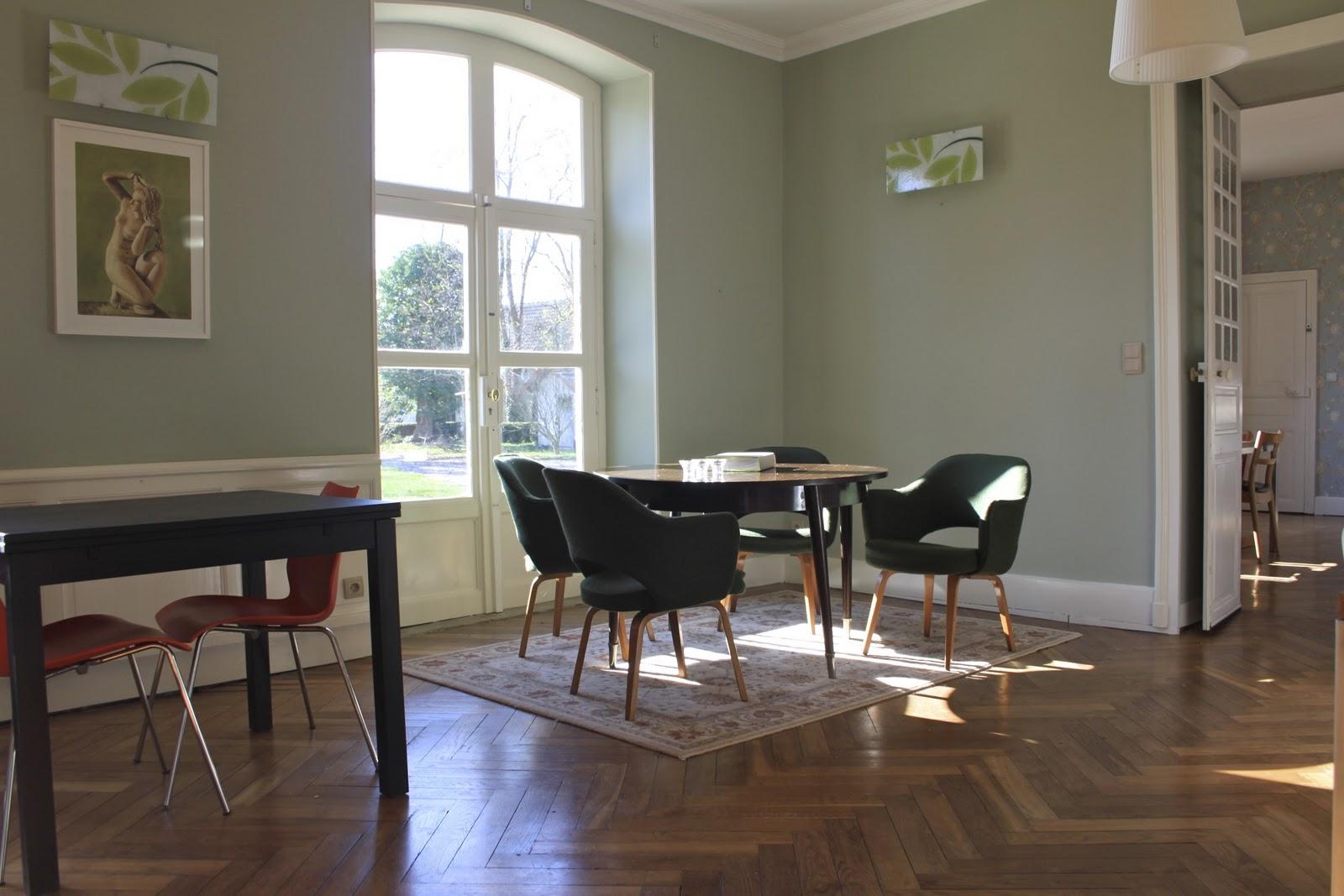 Eetkamer behang idee - Idee decoratie eetkamer ...