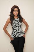 Vithika sheru latest glam pics-thumbnail-8