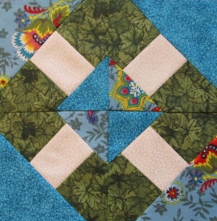 Free weekly Quilt Pattern Block Tutorial From The Quilt Ladies