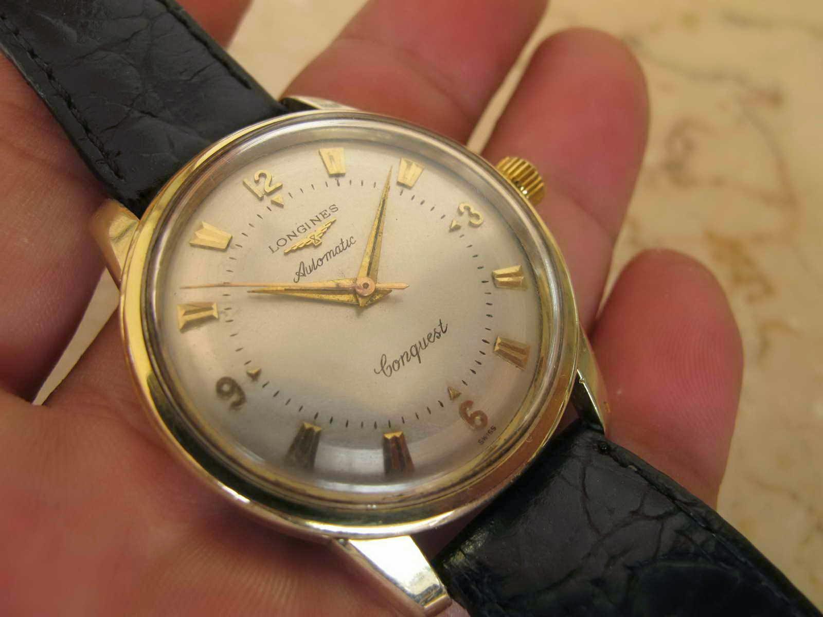 Panjang lug atas ke bawah 43 mm Tebal case 12 mm dan lebar lug 18 mm Cocok untuk Anda yang sedang mencari jam tangan Swiss made cantik