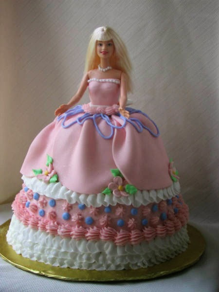 Cake Designs Birthday Girl : 6 cute Barbie girl birthday cake designs