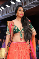 Kashmira shah blenders pride hot photos 2012-11