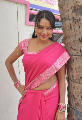 nijam nizhalagirathu unknown deep remove her saree in shooting spot actress pics