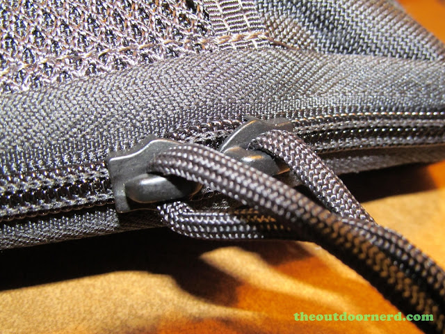 Maxpedition EDC Pocket Organizer - Closeup of rugged YKK Clamshell Zippers