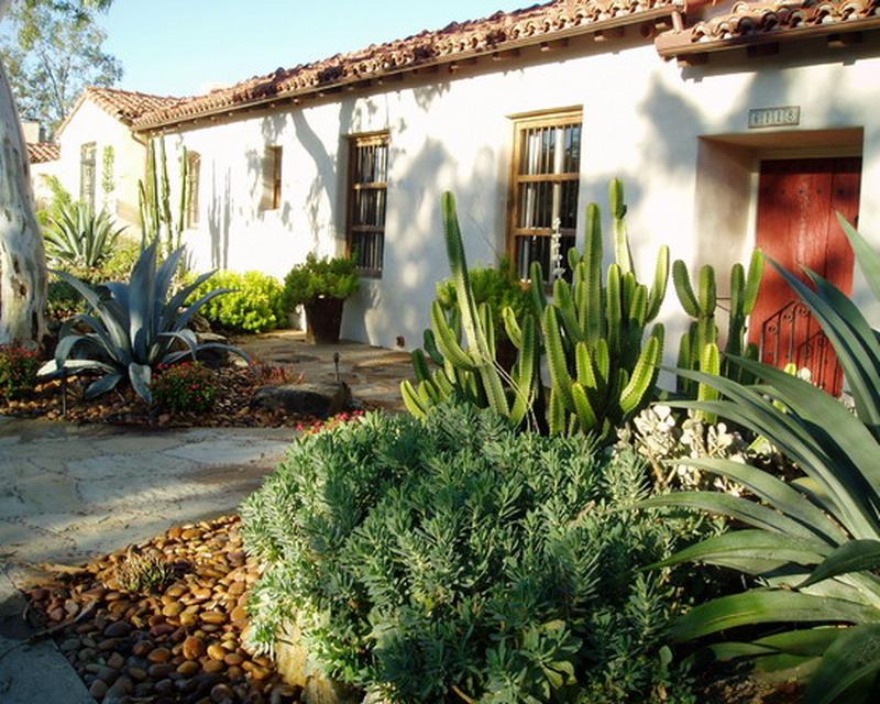 Decora interi jardins mexicanos paisagismo cheio de cores for Jardines para casas pequenas fotos