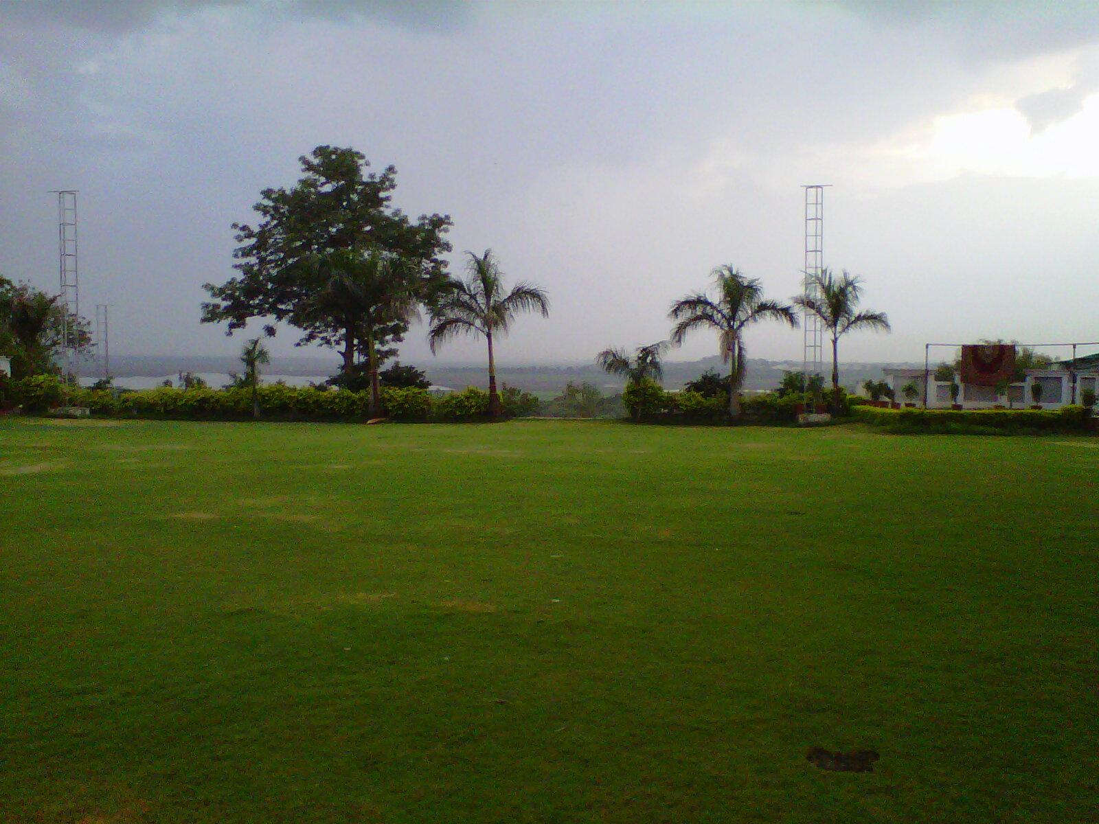 Nice FOUR SEASONS LAWN , BHOPAL